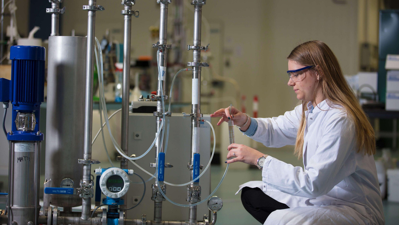 Testing system in lab